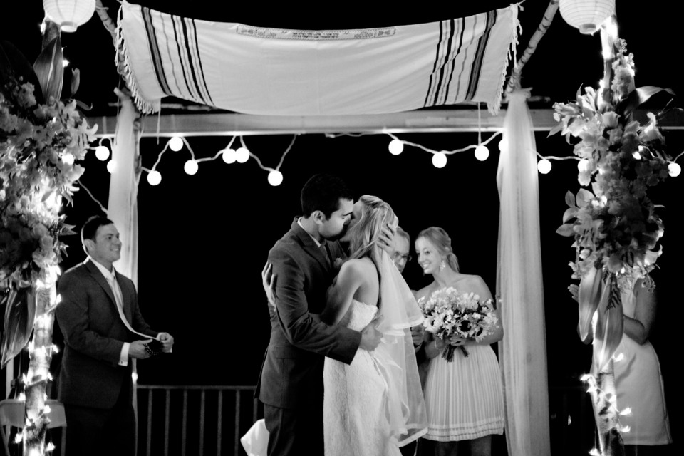 Jewish wedding ceremony by candle light and lanterns, Melbourne