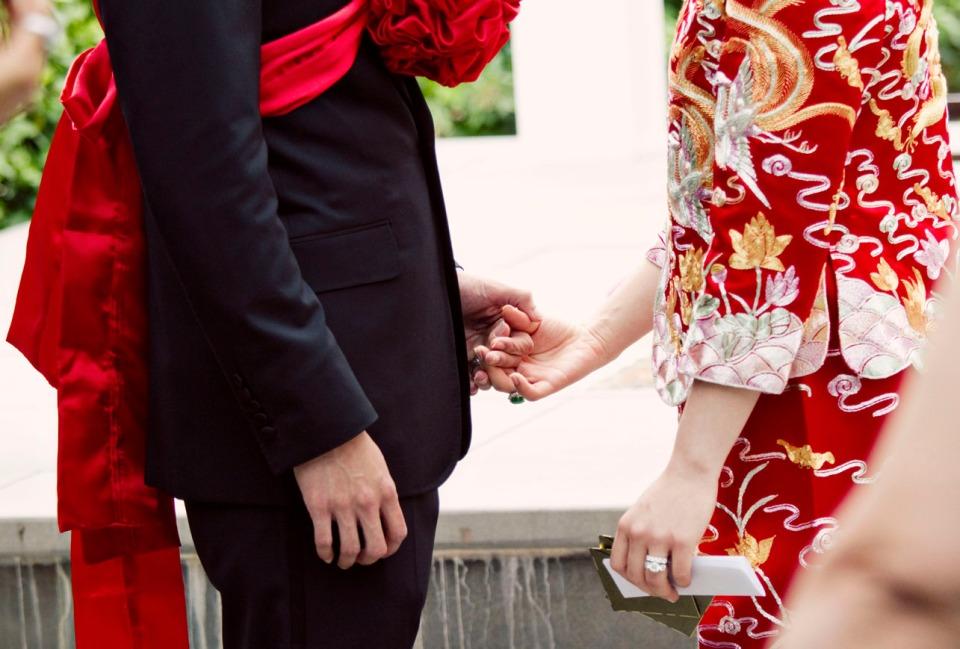 Melbourne Chinese tea ceremony wedding photographer