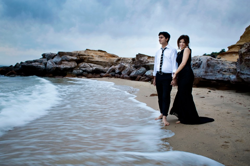 glamourous pre wedding photos in Melbourne by the beach