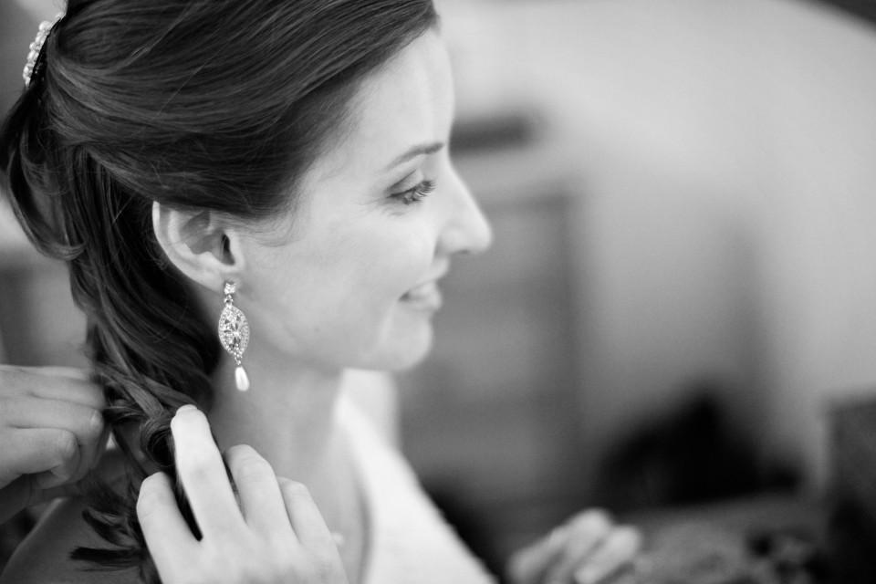 Yarra valley winery wedding - bride getting ready