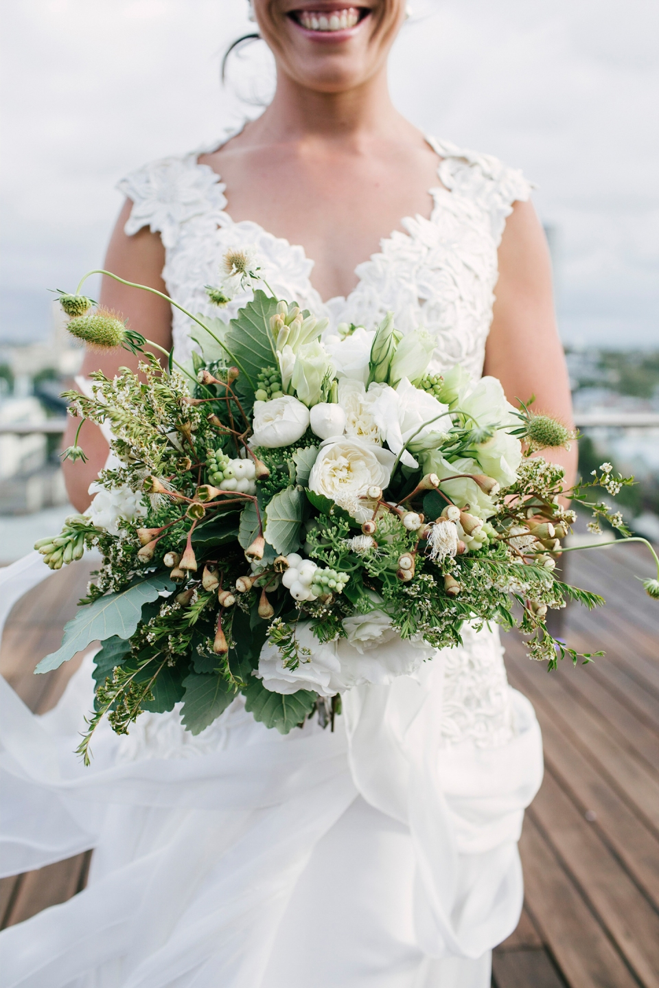 Luminare Wedding flowers - ivory and green | Cecilia flowers