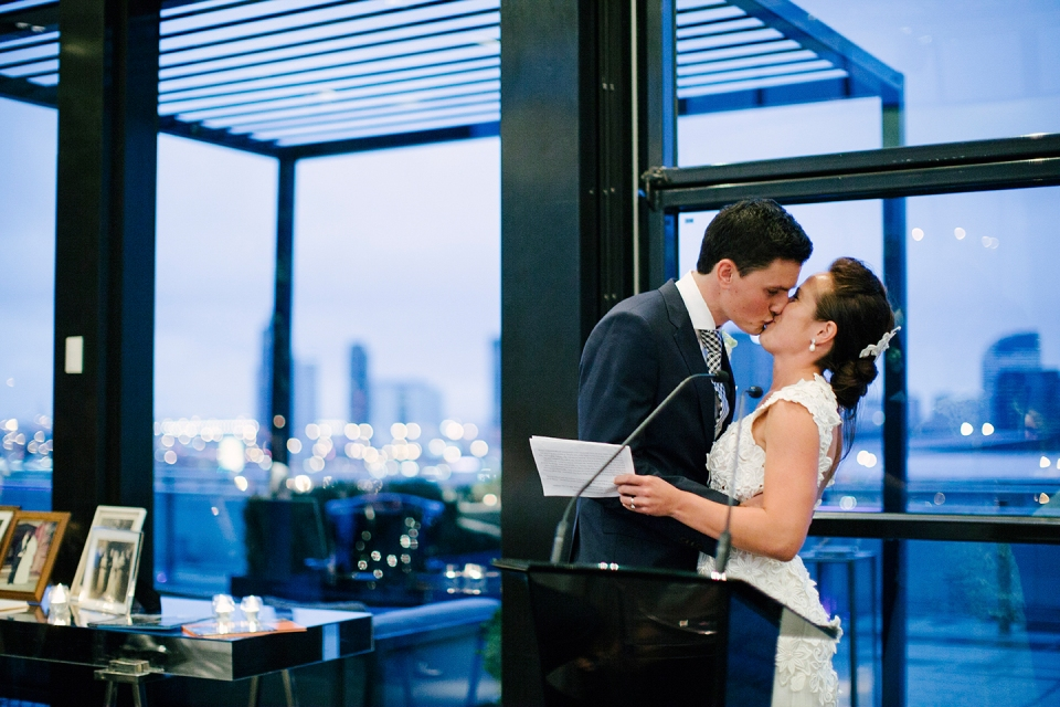 Bride and groom at Luminare | fotojojo